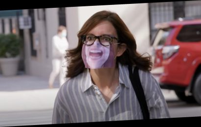 See Tina Fey Chastise Non-Mask Wearers in '30 Rock' Reunion Teaser