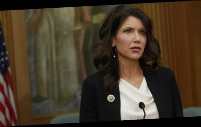 South Dakota Governor Kristi Noem disparages face mask requirements for students