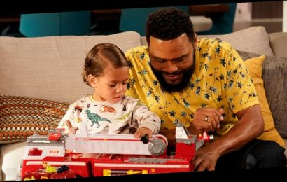 """Black-ish Episode """"Please, Baby, Please"""" Is Now on Hulu, 2 Years After It Was Shelved by ABC"""