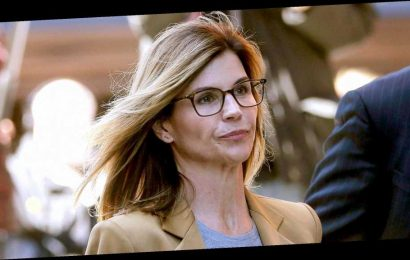 Lori Loughlin 'Will Express Remorse' During Sentencing in College Case