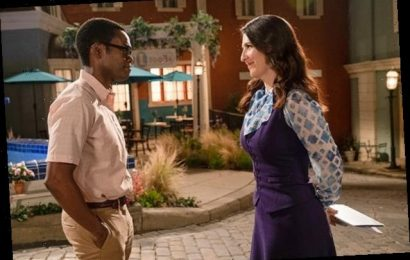 What 'The Good Place' Taught Stars William Jackson Harper and D'Arcy Carden About Dealing With Life's 'Heaviness'