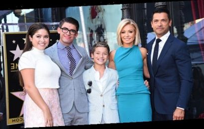 Kelly Ripa Hilariously Recreates 17-Year-Old Photo With Her Now Grown Up Kids