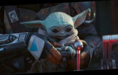 Baby Yoda Is Back In The First Mandalorian Season 2 Images