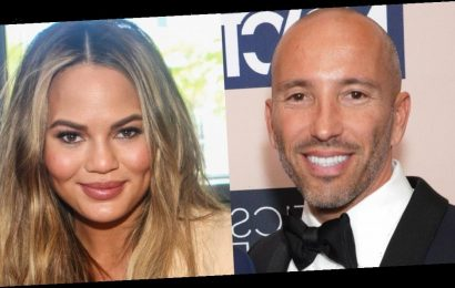 Jason Oppenheim says he's showing Chrissy Teigen's house after she questions whether the 'Selling Sunset' stars are real realtors