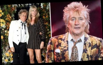 Rod Stewart forced to confront bandmates who were with groupies on tour 'Had to stop them'