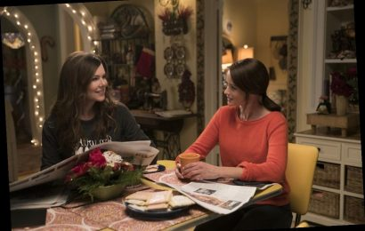 These 'Gilmore Girls' Cast & Crew Anniversary Posts Would Make Luke Danes Cry