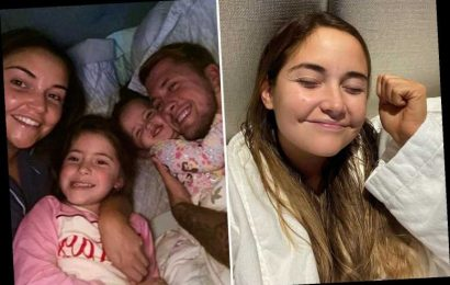 Jacqueline Jossa beams in make-up-free selfie as she celebrates putting the kids to bed