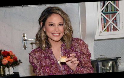 How Vanessa Lachey Will Celebrate Holidays With Kids Amid 'Challenging' Year