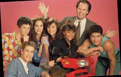 'Saved by the Bell': Elizabeth Berkley Reveals if She's Spoken To Dustin Diamond
