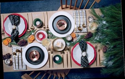 How To Create A Stylish (Small) Holiday Table