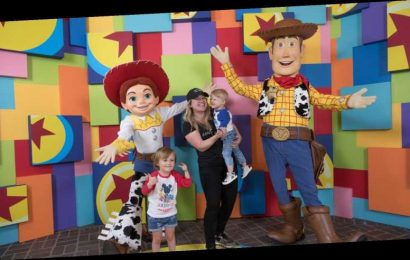 Why Kelly Clarkson Was Awarded Primary Custody Of Her Kids