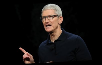 Apple CEO Tim Cook Just Made A Big Change To His Twitter Bio