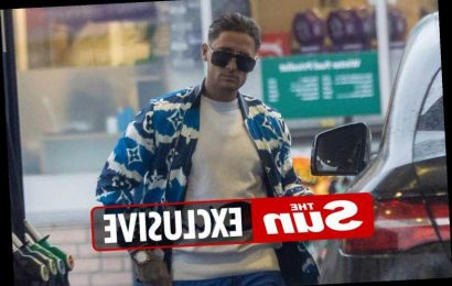 Stephen Bear breaks quarantine again as he buys petrol without a mask – after claiming 'rules don't apply to him'