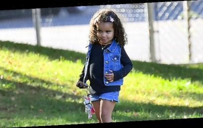 Dream Kardashian, 4, Dresses As Wonder Woman In Adorable Pic & Dad Rob Loves It: 'My Queen'