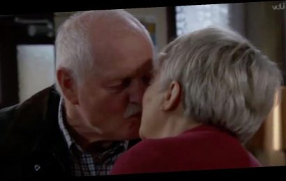 Emmerdale viewers shocked as Eric and Brenda flout social distancing rules and kiss on screen