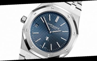 """Audemars Piguet Confirms That the Royal Oak 15202ST """"Jumbo"""" Will Be Replaced Next Year"""