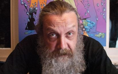 'Watchmen' Creator Alan Moore Signs Publishing Deal For Fantasy Series 'Long London'