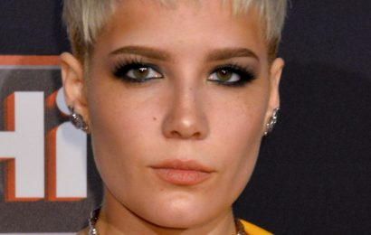 Fans Think Halsey Is Married. Here's Why
