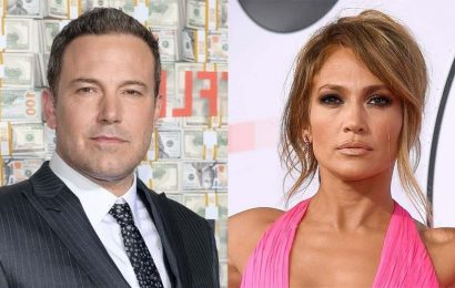 Jennifer Lopez, Ben Affleck spotted kissing during gym workout in Miami: report