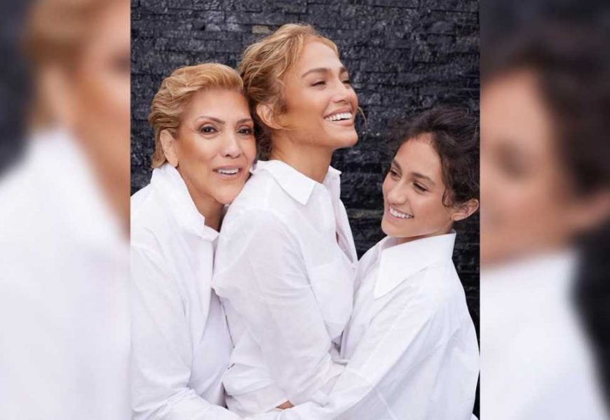 Jennifer Lopez poses with mom and daughter ahead of Mother's Day