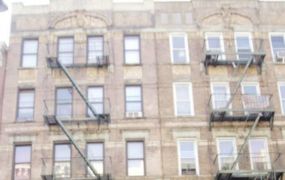 Led Zeppelin's 'Physical Graffiti' Cover Came Alive in the 1st Rolling Stones MTV Video