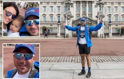 Ryan Thomas says he feels 'awful' admitting marathon walk will be 'tougher than he imagined' after day one of challenge