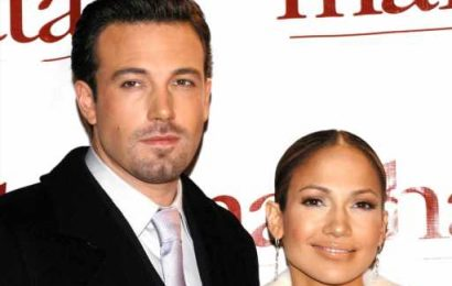 Jennifer Lopez & Ben Affleck Let Los Angeles Know They're Back Together With This PDA-Heavy Date