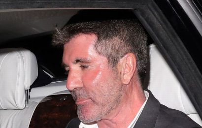 Simon Cowell spotted with 'oxygen tank' in luxury car during romantic date night