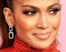 The Real Reason Jennifer Lopez And Diddy Were Arrested