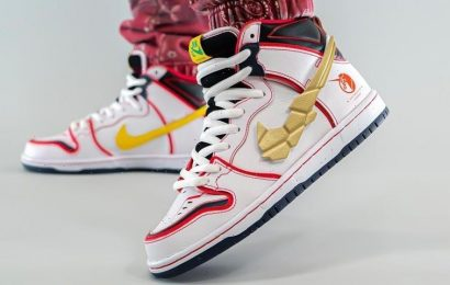 """Take an On-Foot Look At the 'Gundam' x Nike SB Dunk High """"Project Unicorn White"""""""