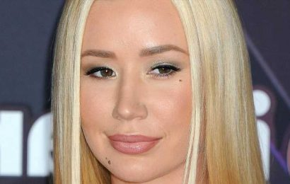 Why Iggy Azaleas Recent Decision To Stop Sharing Photos Of Her Son Has Twitter Talking