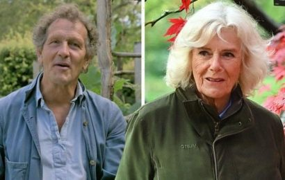 Gardeners' Worlds Monty Don tells Duchess of Cornwall 'you just have to accept' bad year