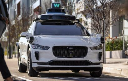 Waymo Rolls Out Self-Driving Taxi Service in San Francisco