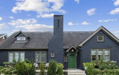Hayley Williams Lists Nashville Home Where She Recorded Solo Album