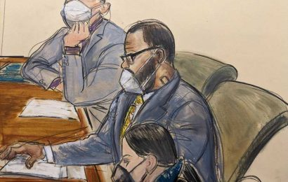 R. Kelly's Trial Defense Opens With Two Witnesses Vouching for Singer's Behavior