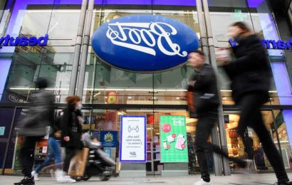Boots launches new menopause tool to help women ease symptoms